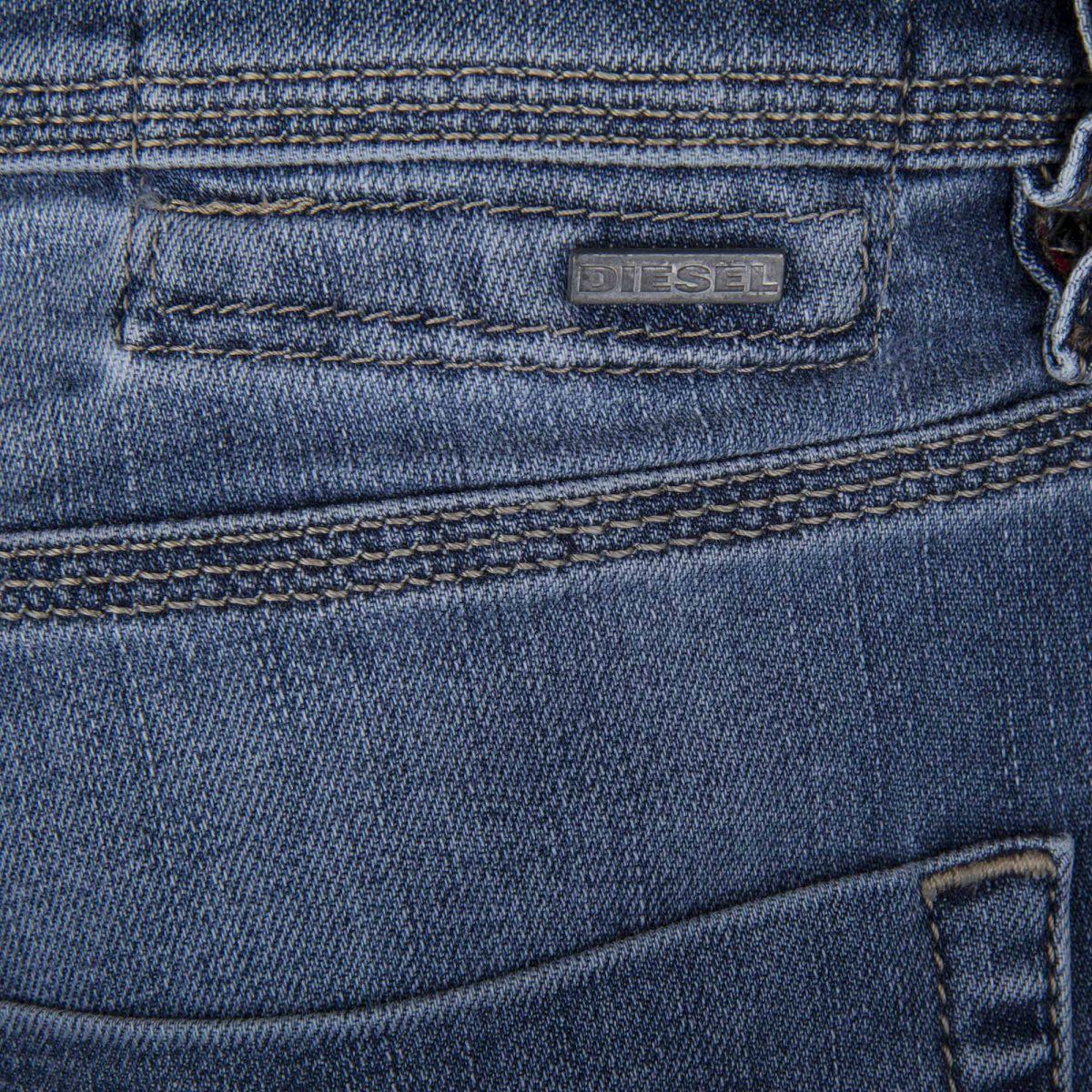 043258af44f2c ... Jean bleu délavé slim-carrot TEPPHAR 0859 STRETCH homme DIESEL marque  pas cher prix dégriffés
