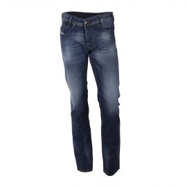 Jean bleu brut délavé regular slim-tapered IAKOP WASH 0848C STRETCH homme DIESEL marque pas cher prix dégriffés destockage