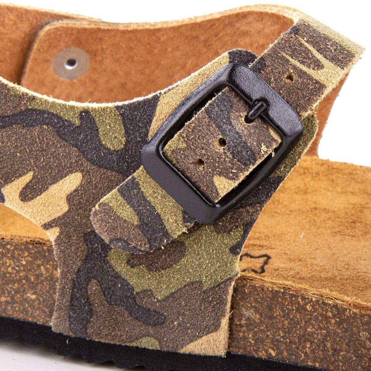 sandales en cuir gar on dkr prix d griff. Black Bedroom Furniture Sets. Home Design Ideas
