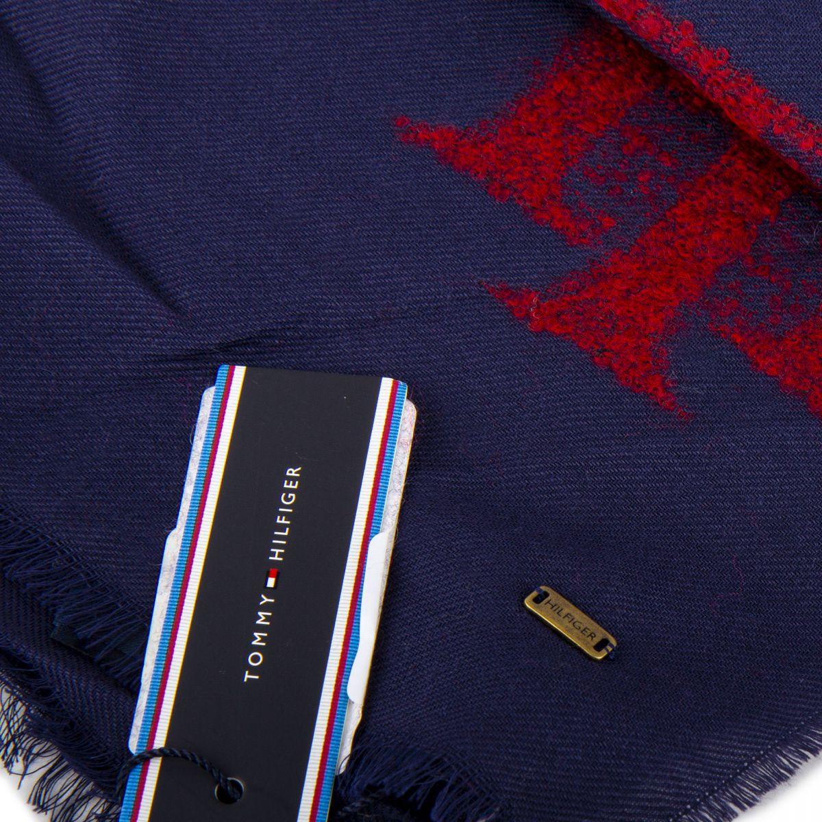 ... Écharpe fine laine 180cmX65cm femme TOMMY HILFIGER marque pas cher prix  dégriffés destockage 2b5dcc36c4f