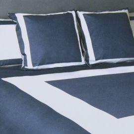 Parure de lit bleu et blanc 240X220 KARL LAGERFELD marque pas cher prix dégriffés destockage