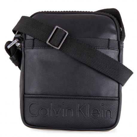 e1b3d8c12d32 Sacoche bandoulière noire petit Homme CALVIN KLEIN marque pas cher prix  dégriffés destockage